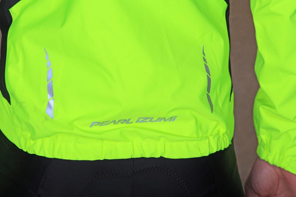 Pearl Izumi Elite WxB Jacket - tail.jpg