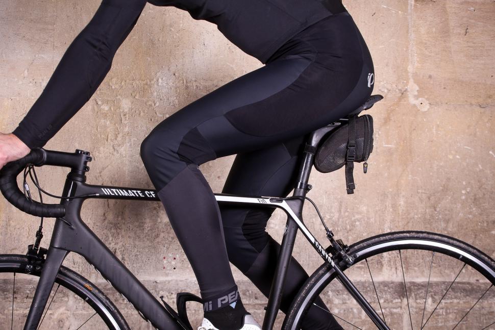 Pearl izumi Mens Pro Pursuit Bib Tights - riding.jpg
