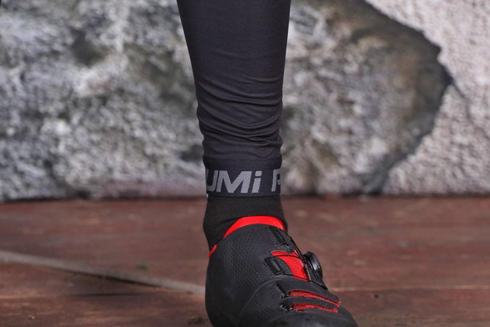 Pearl Izumi Pro Pursuit Cycling Bib Tight - ankle.jpg