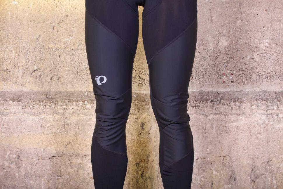 Pearl Izumi Pursuit Hybrid Cycling Bib Tight - knees.jpg