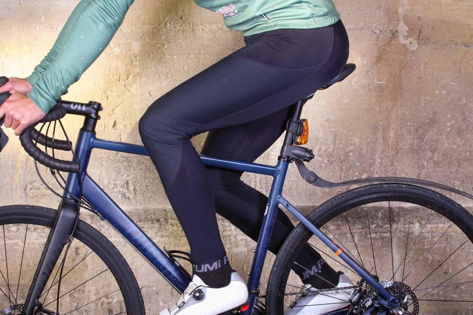 Pearl Izumi Pursuit Hybrid Cycling Bib Tight - riding.jpg