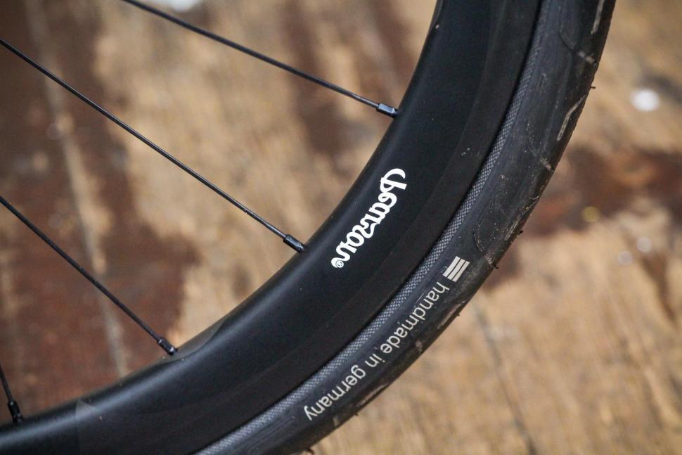 Pearson Hoopdriver Carbon Road Wheelset - rim detail.jpg