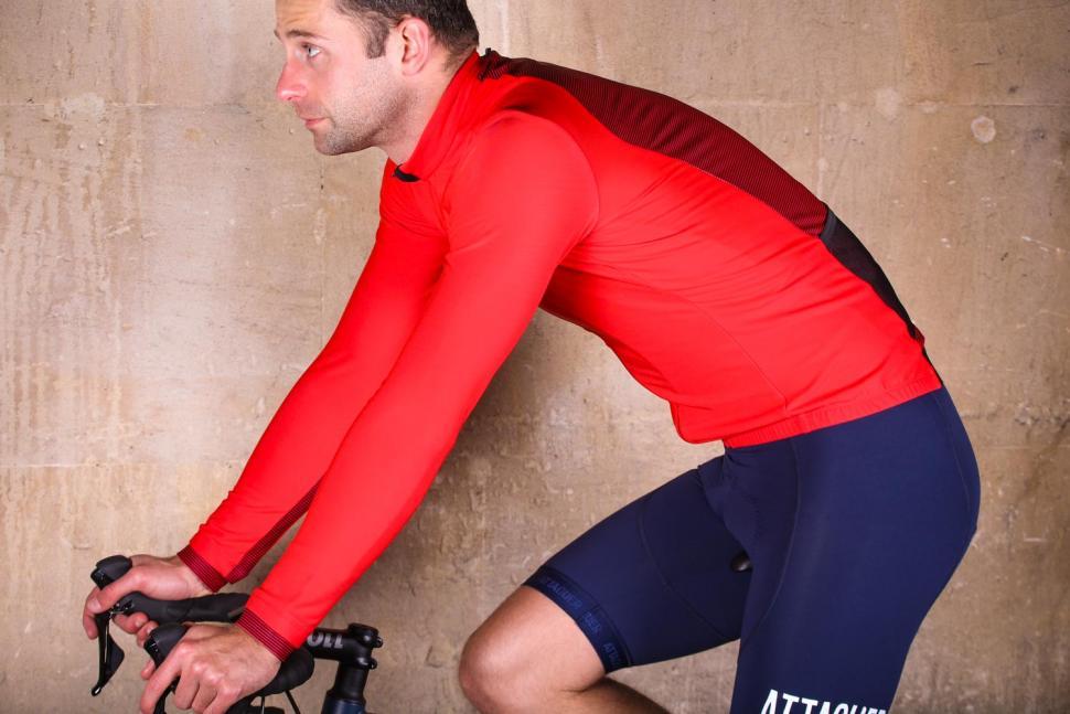 PEdAL ED Kobe Thermo Jersey - riding.jpg