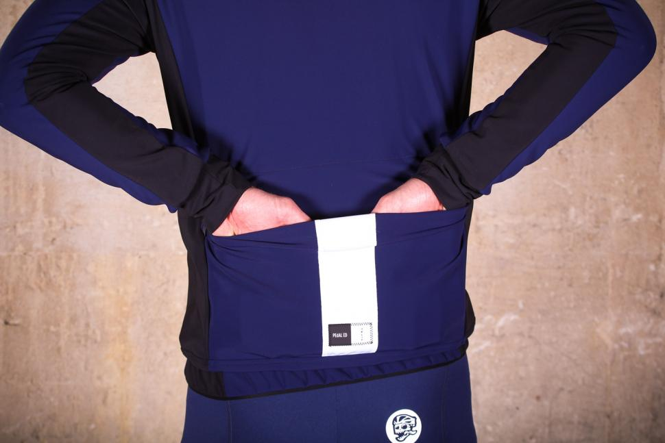 PEdAL ED Yuki winter jacket - pockets.jpg