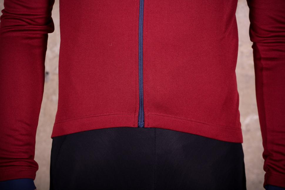 PedalED Essential jersey Longsleeve - hem.jpg