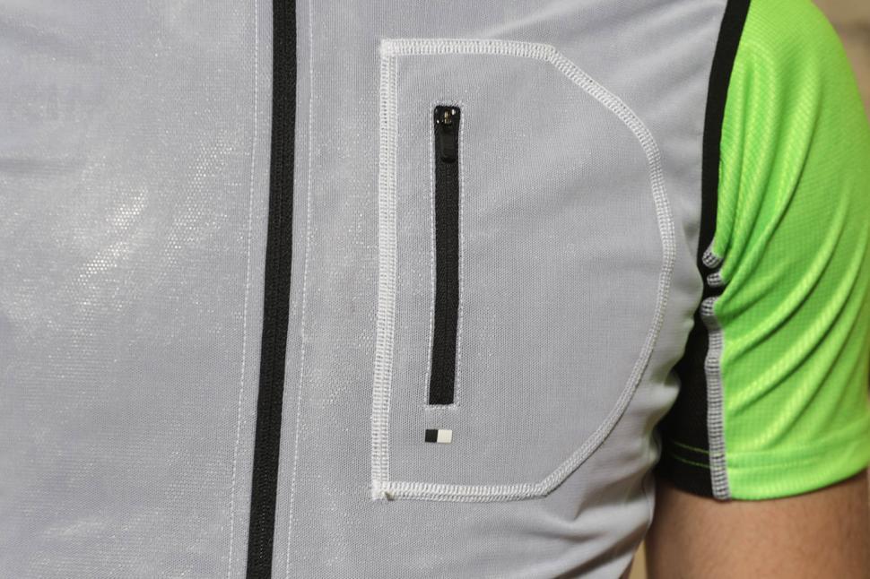 Pedaled Kaze Access Vest - chest pocket.jpg