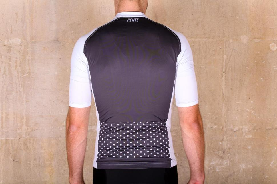 pente_exclusive_spin_shed_cycling_jersey_-_back.jpg