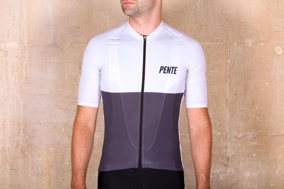 Review  Pente Exclusive Spin Shed Cycling Jersey  c4fa3fdf1
