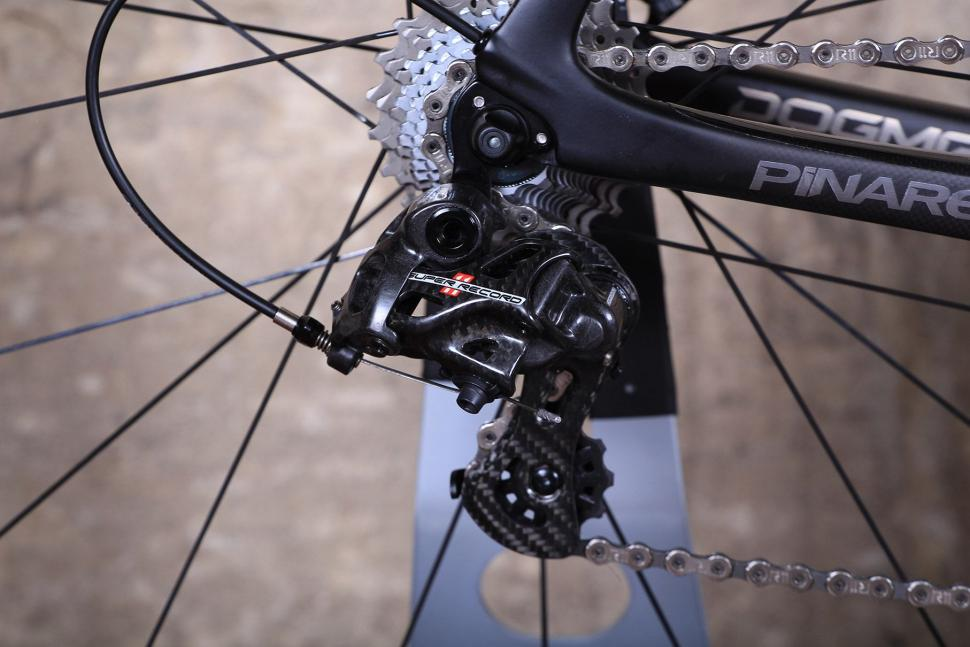Pinarello Dogma F8 - rear mech.jpg