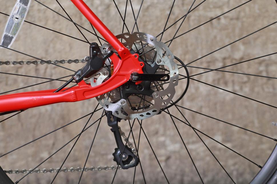 Pinnacle Arkose Four - rear disc.jpg