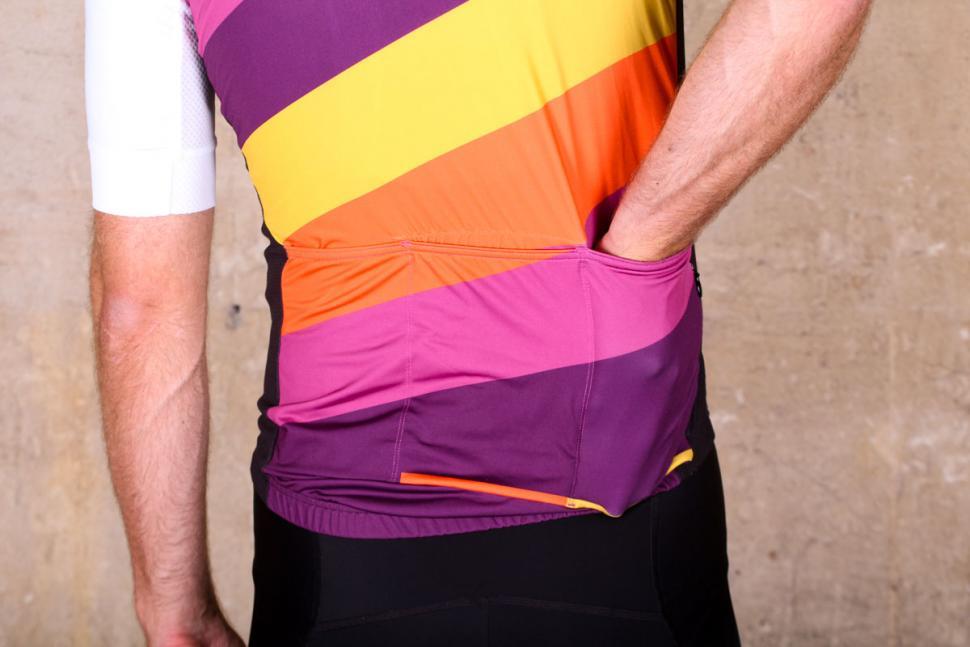 podia_club_colours_short_sleeve_jersey_-_pockets.jpg