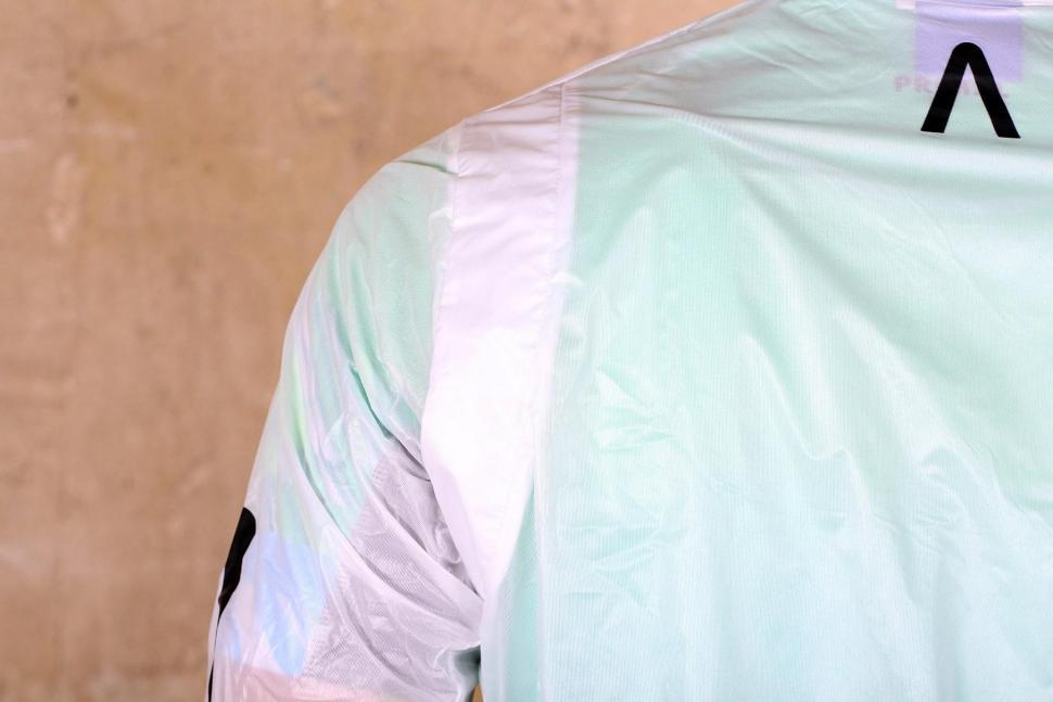Primal Onyx Mens Clear Rain Jacket - shoulder.jpg