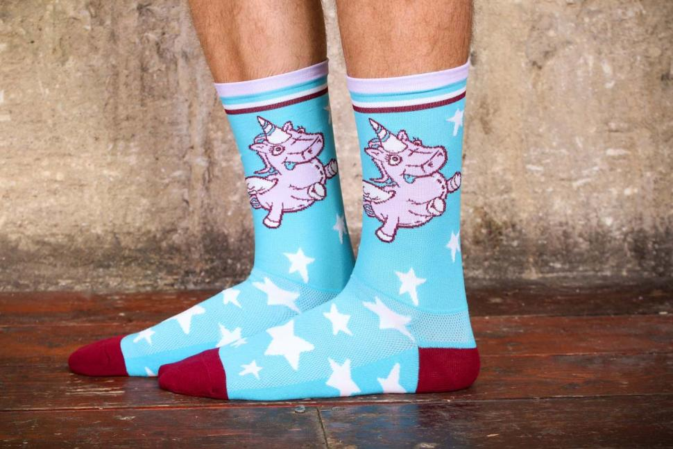Review  Primal Unicorn Socks  feb2c5716