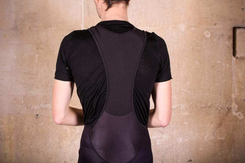 primal_icon_mens_helix_2.0_bib_shorts_-_straps_back.jpg