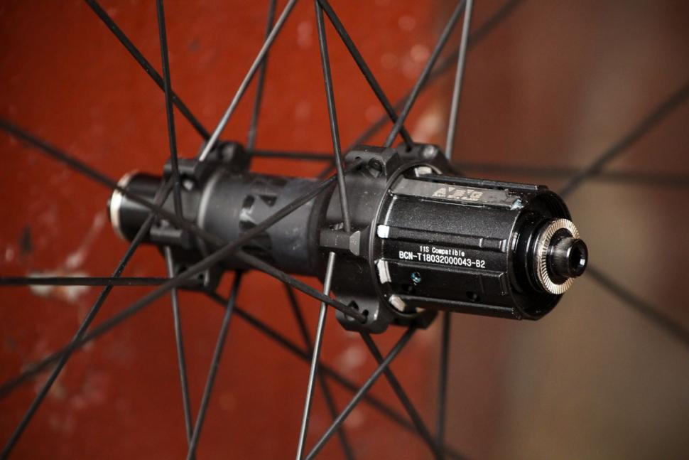 Prime BlackEdition 50 Carbon Wheelset - rear hub
