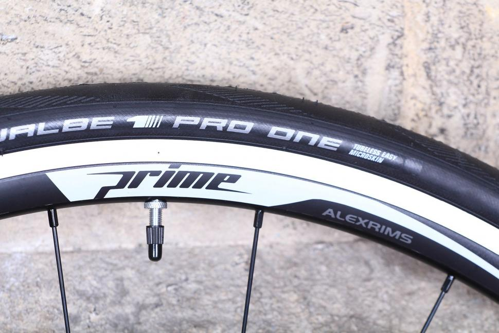 Prime Road Race alloy wheelset - decal.jpg