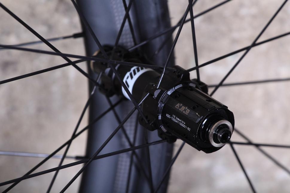 Prime RP-38 carbon clincher wheelset - rear hub.jpg