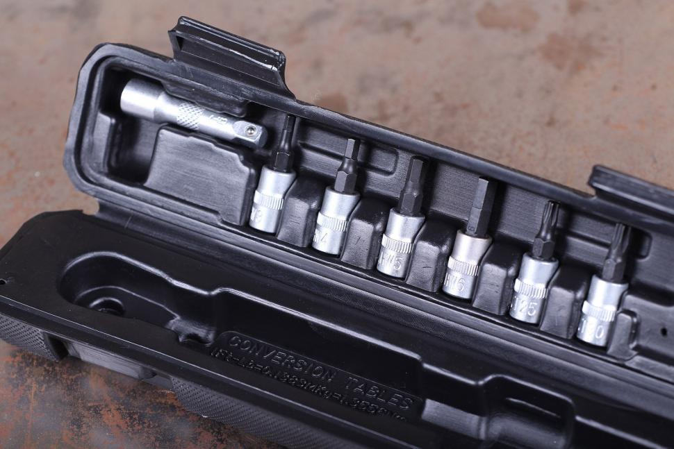 PRO 3-15 Nm torque wrench set - adaptors.jpg