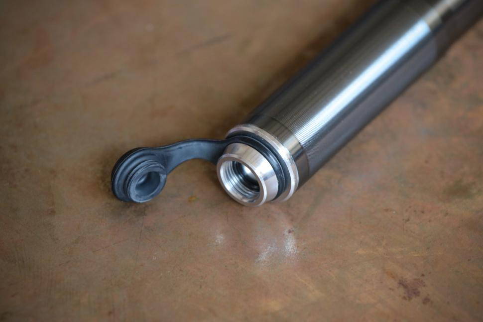 Pro Bike Tool Mini Bike Pump - detail.jpg