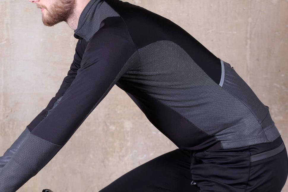 Proviz PixElite Softshell Cycling Jacket - riding.jpg