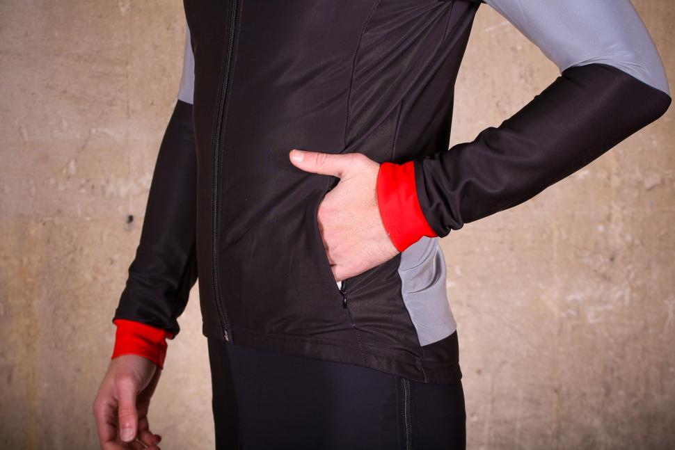Proviz Reflect 360 Elite Mens Cycling Jacket - front pocket.jpg