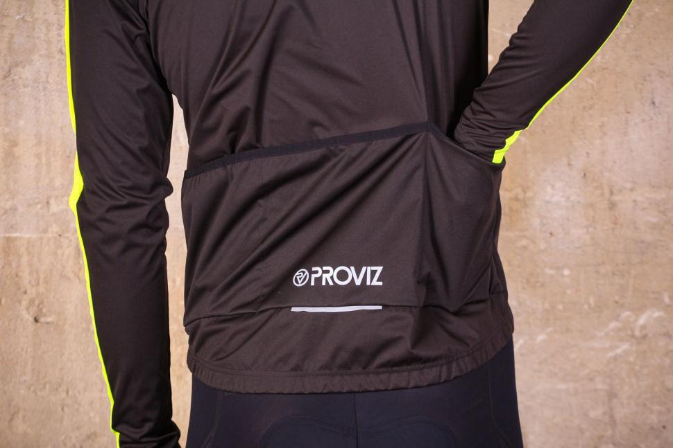 Proviz Sportive Convertible Men's Cycling Jacket Gilet - pockets.jpg