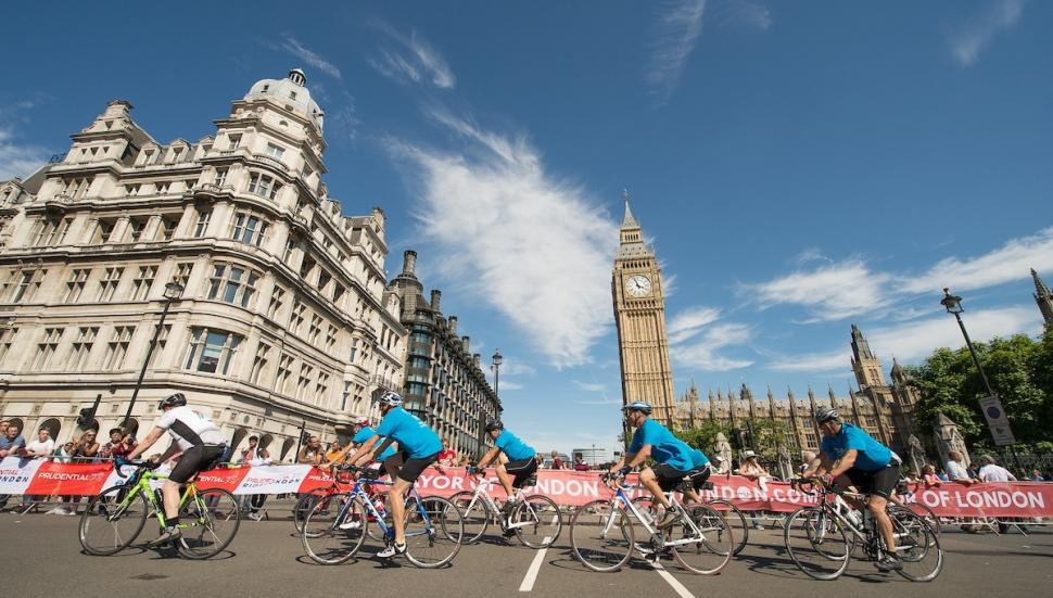 Prudential Ride-London-Surrey 100 (copyright Thomas Lovelock for Prudential  RideLondon). 78a623495