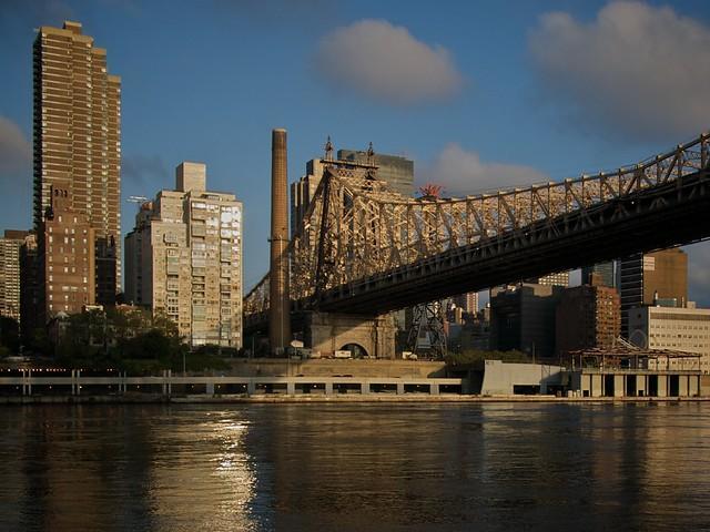 Queensboro Bridge (picture copyright Simon MacMichael)