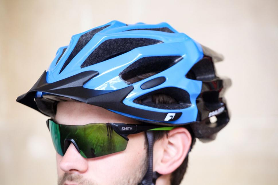 raleigh_extreme_pro_black_and_blue_helmet_2.jpg