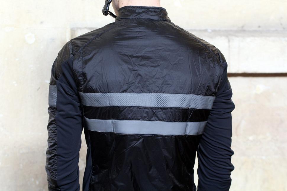 Rapha Brevet Insulated Jacket - back shoulders.jpg