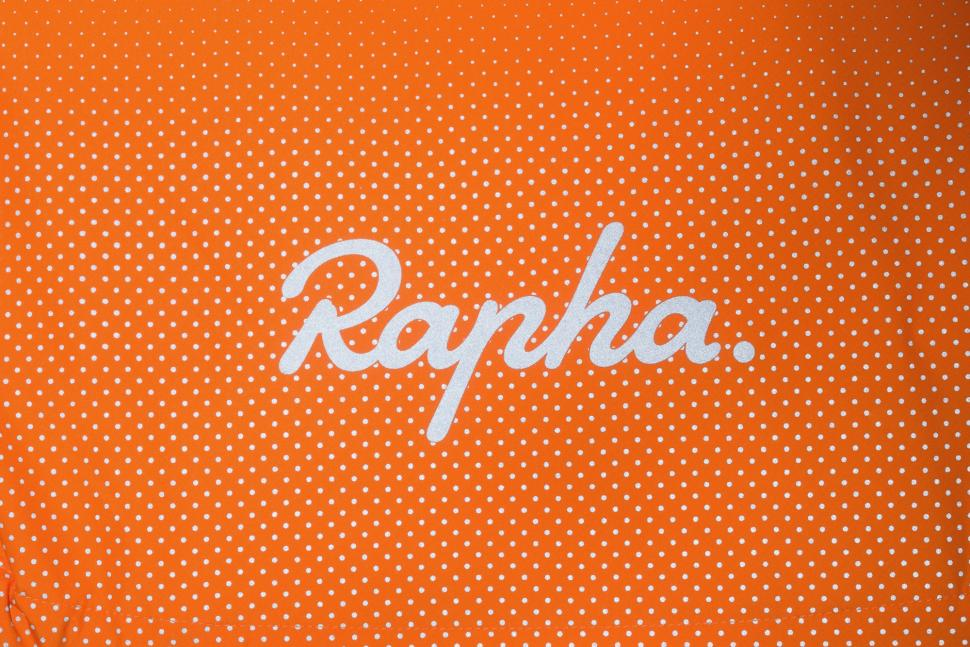 Rapha Commuter Jacket 2018 - 11.jpg