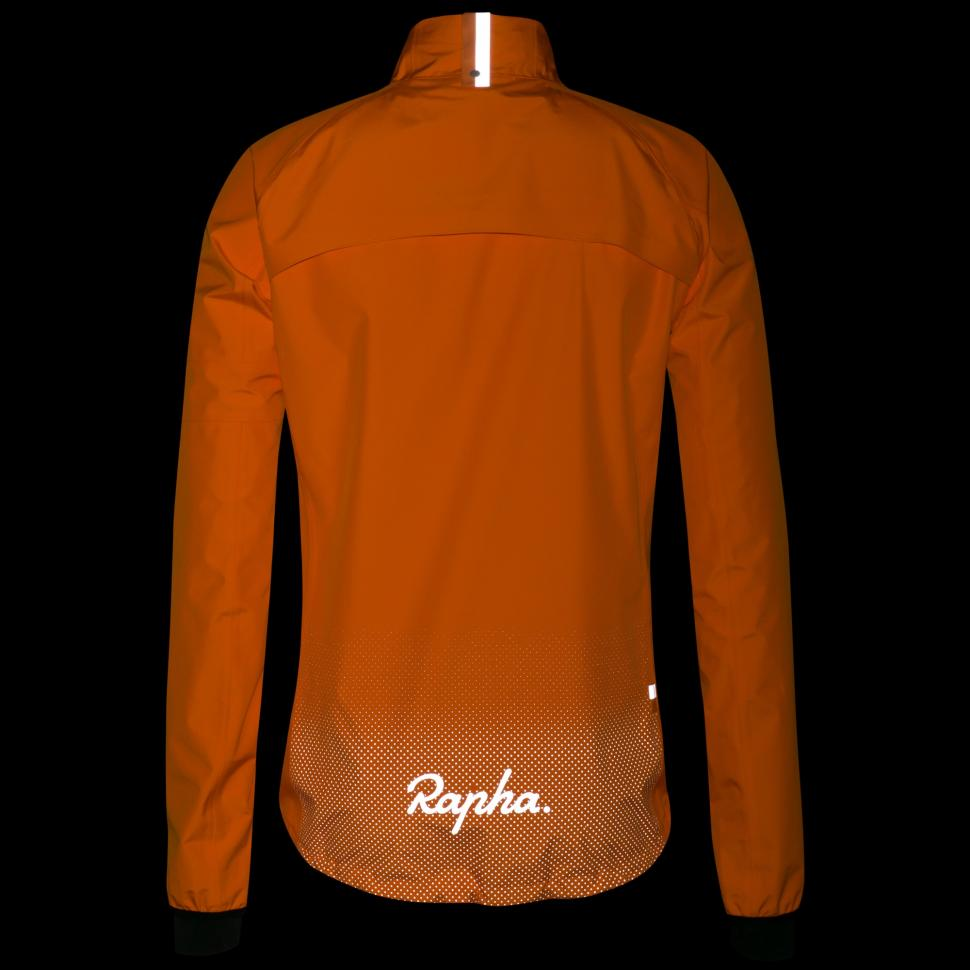 Rapha Commuter Jacket 2018 - 3.jpg