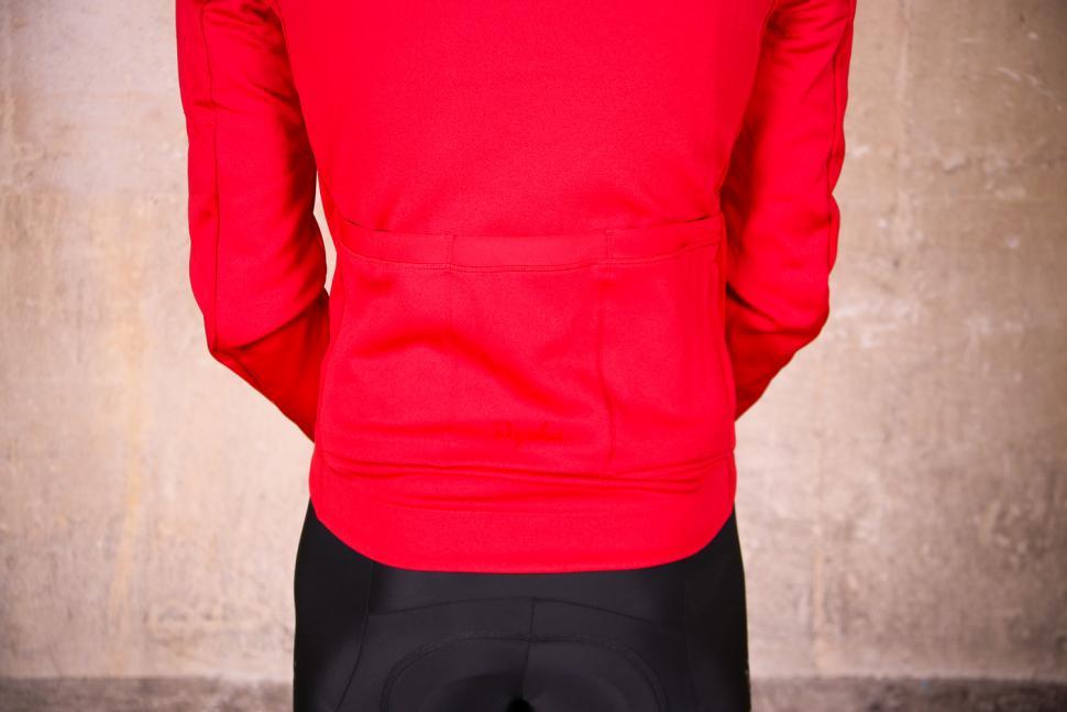 Rapha Core Winter Jacket - pockets.jpg