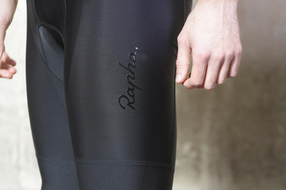 Rapha Mens Core Bib Shorts - leg detail.jpg
