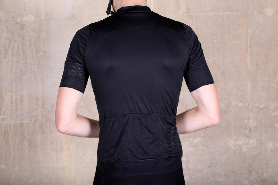 Rapha Pro Team Flyweight Jersey - back.jpg