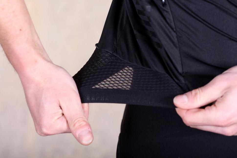 Rapha Pro Team Flyweight Jersey - mesh.jpg