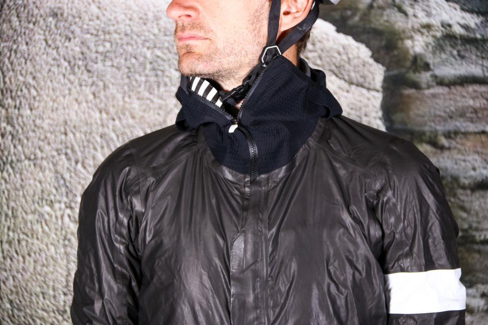 Rapha Pro Team Insulated Gore-Tex Jacket - chest.jpg