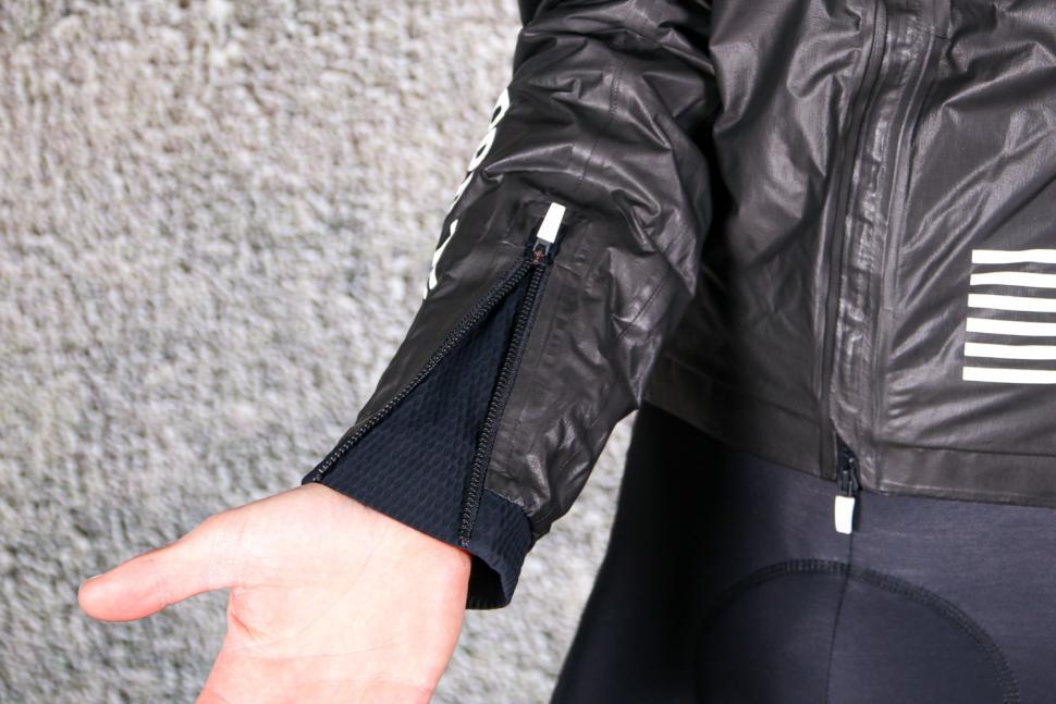 Rapha Pro Team Insulated Gore-Tex Jacket - cuff zip 2.jpg