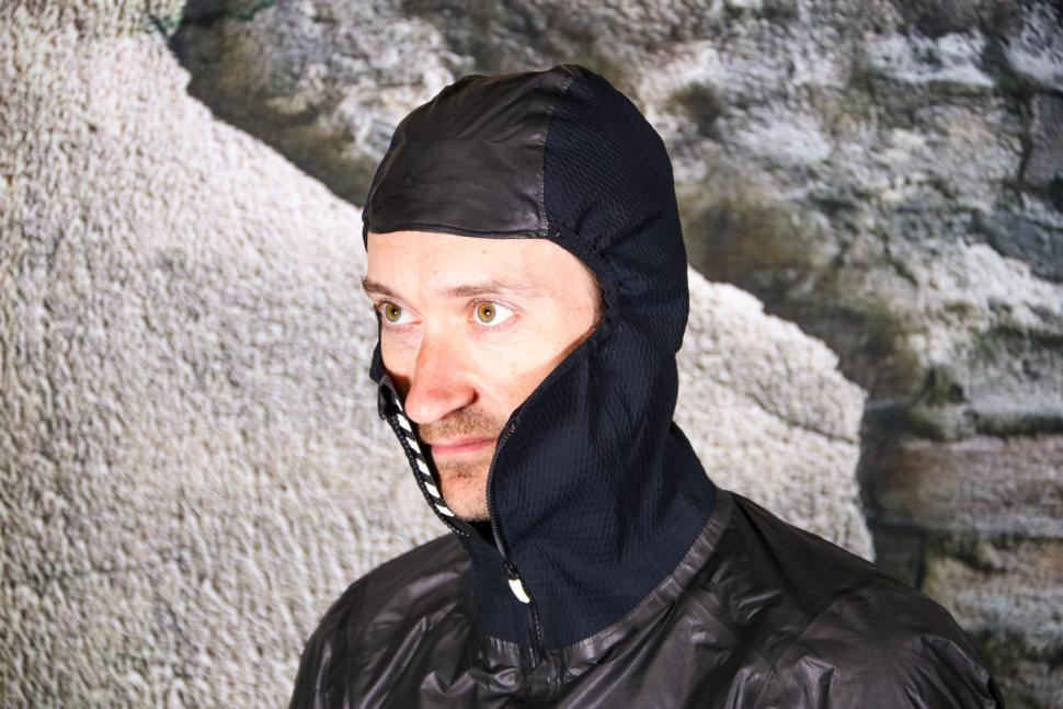 Rapha Pro Team Insulated Gore-Tex Jacket - hood.jpg