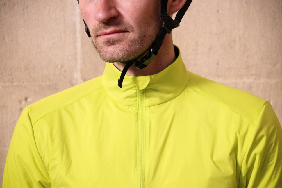 Rapha Winter Windblock Jersey - collar.jpg