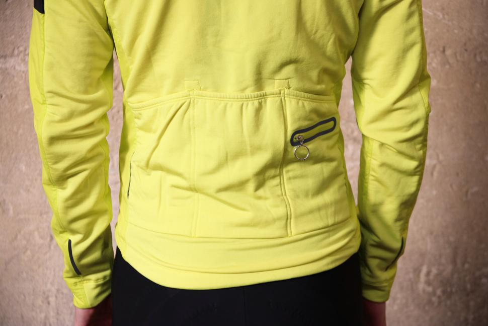 Rapha Winter Windblock Jersey - pockets.jpg