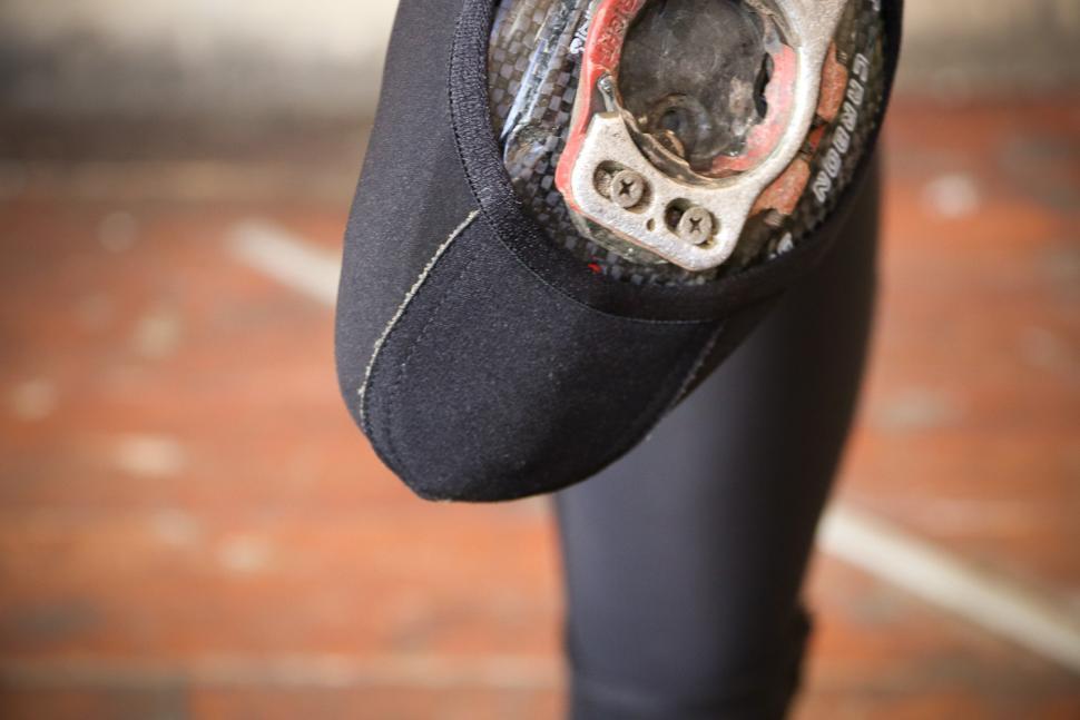 Rapha Pro Team Overshoes - top material.jpg