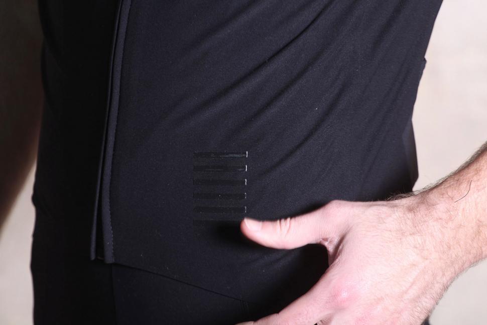 Rapha Pro Team Short Sleeve Shadow Jersey - detail.jpg