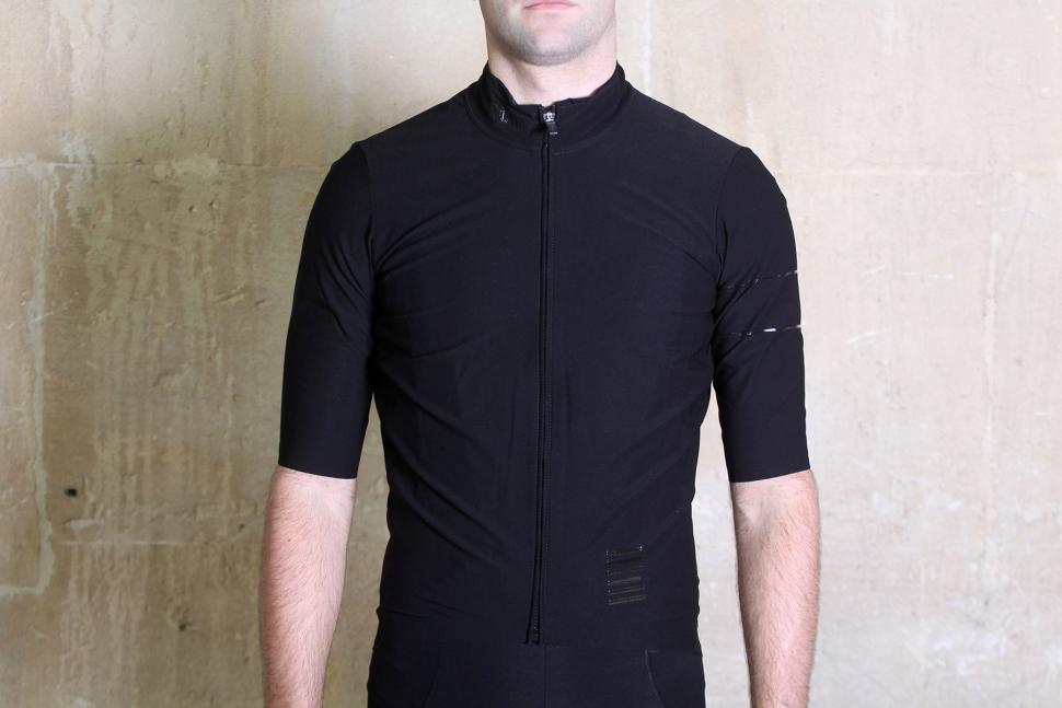 Review  Rapha Pro Team Short Sleeve Shadow Jersey  bd46d514c