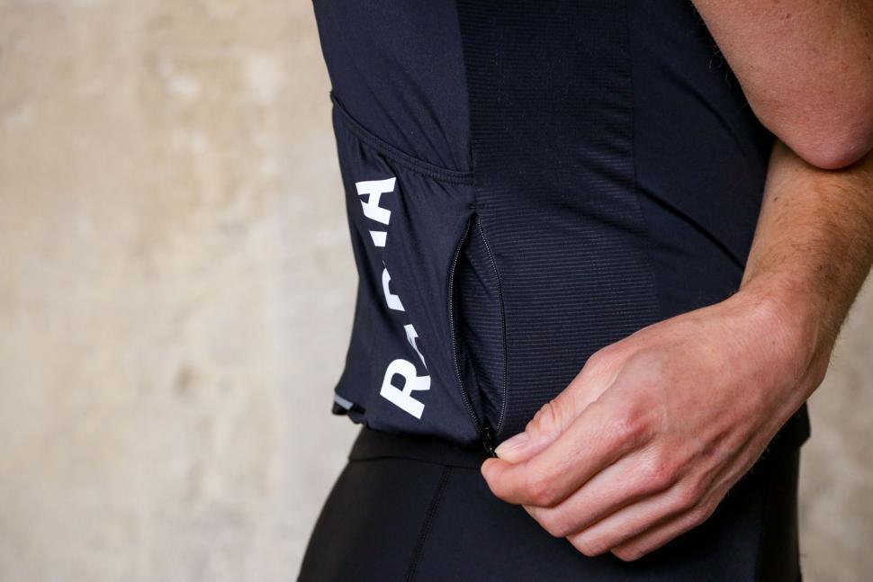 Rapha Pro Team Training Jersey - pocket zipped.jpg