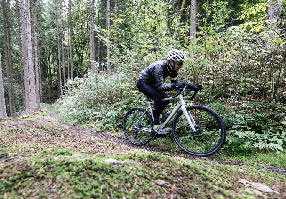 rapha shakedry riding pics Irmo Keizer2