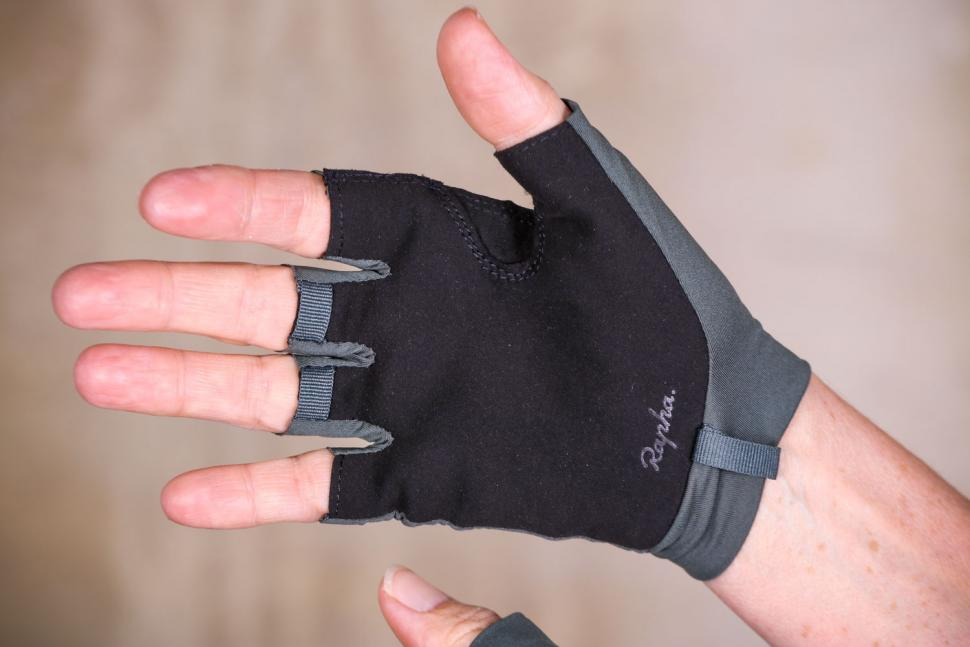 Rapha Souplesse Mitts - palm.jpg
