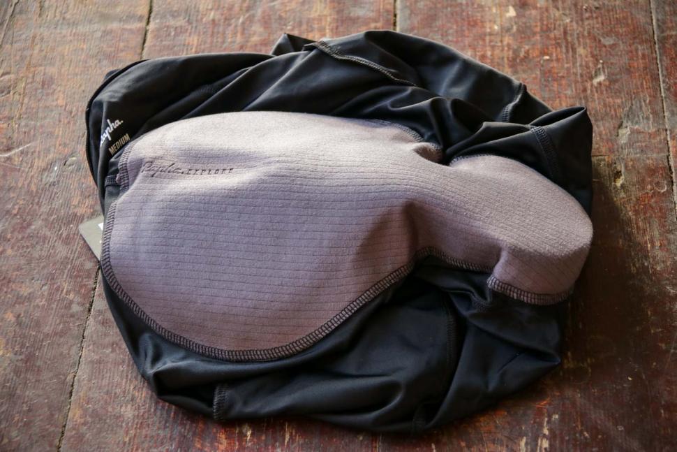 Rapha Womens Core Cargo Shorts - chamois.jpg