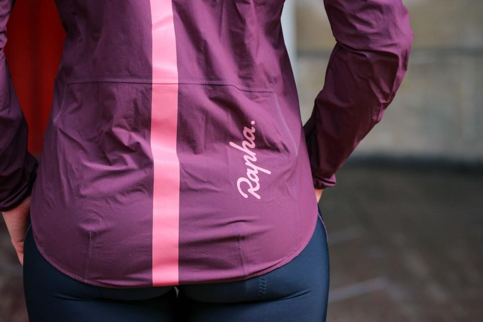 Rapha Women's Lightweight Shadow Jacket - tail.jpg