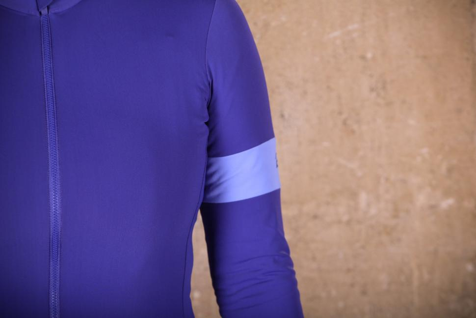 Rapha Women's Souplesse Thermal Jersey - sleeve.jpg